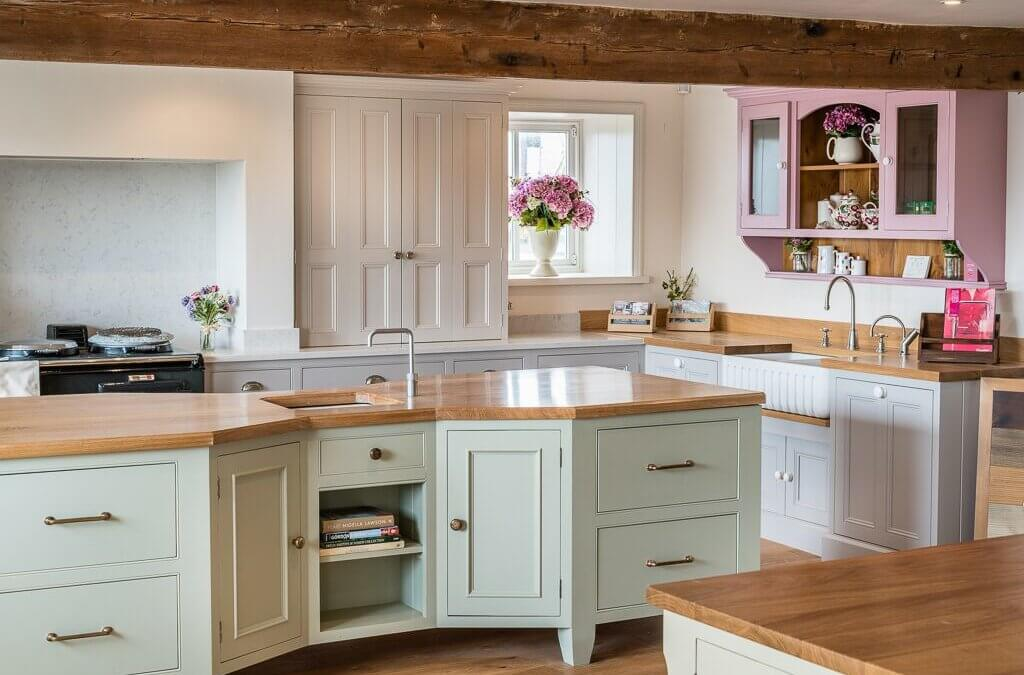 Kitchen Paint Ideas Perfect for Summer