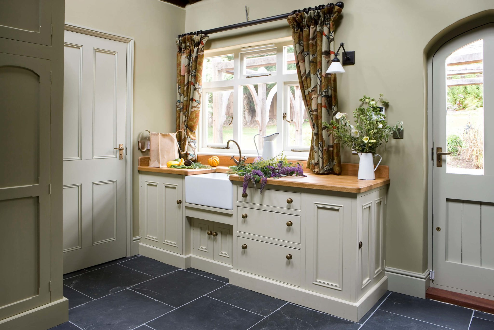 Bespoke Utility Room Furniture - Hill Farm Furniture