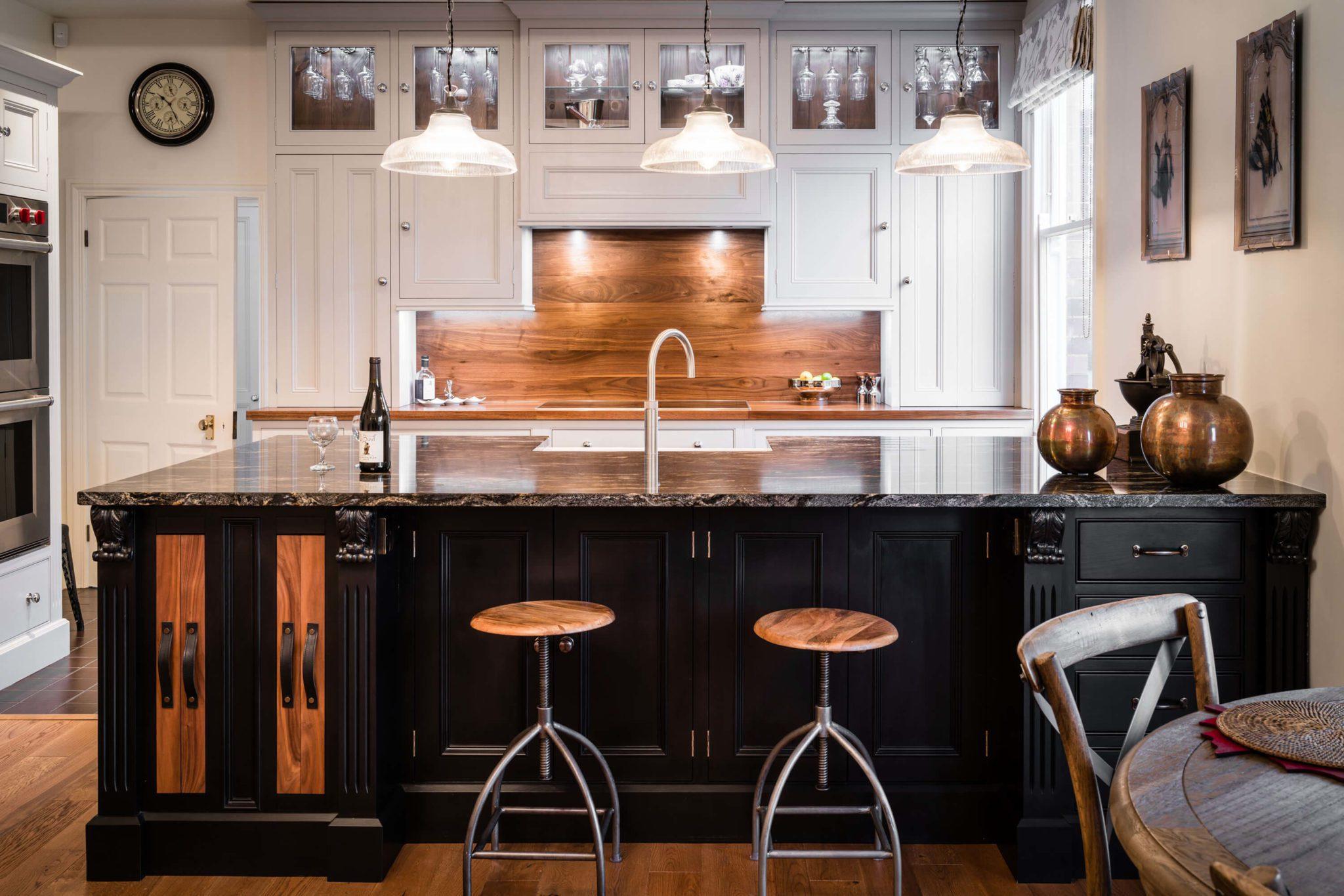 Kitchen Cabinet 13 - Hill Farm Furniture