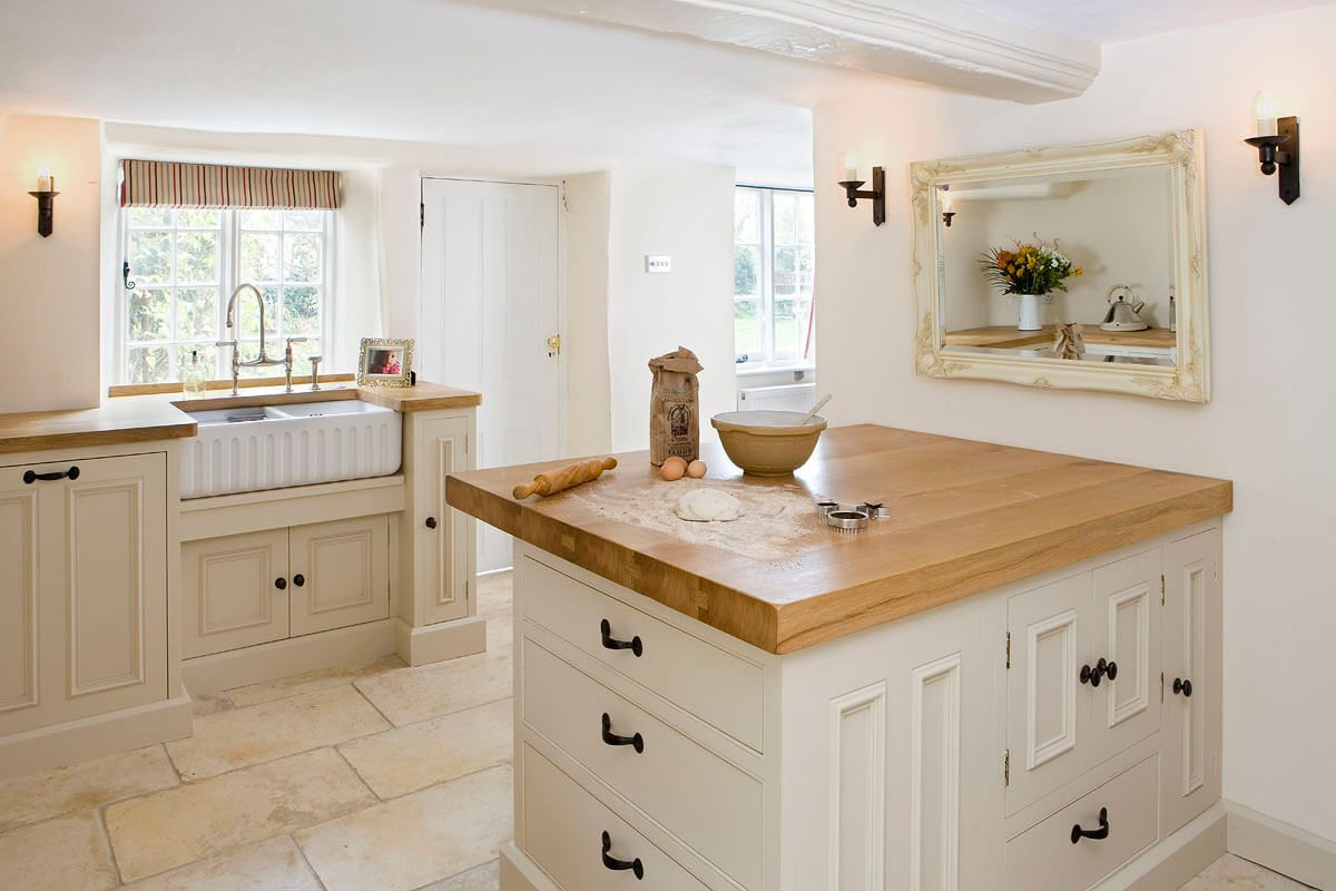 Bespoke luxury kitchen in a cosy cottage 2 - Hill Farm Furniture