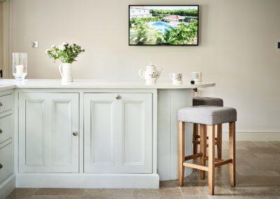 Kitchen White 30- Hill Farm Furniture