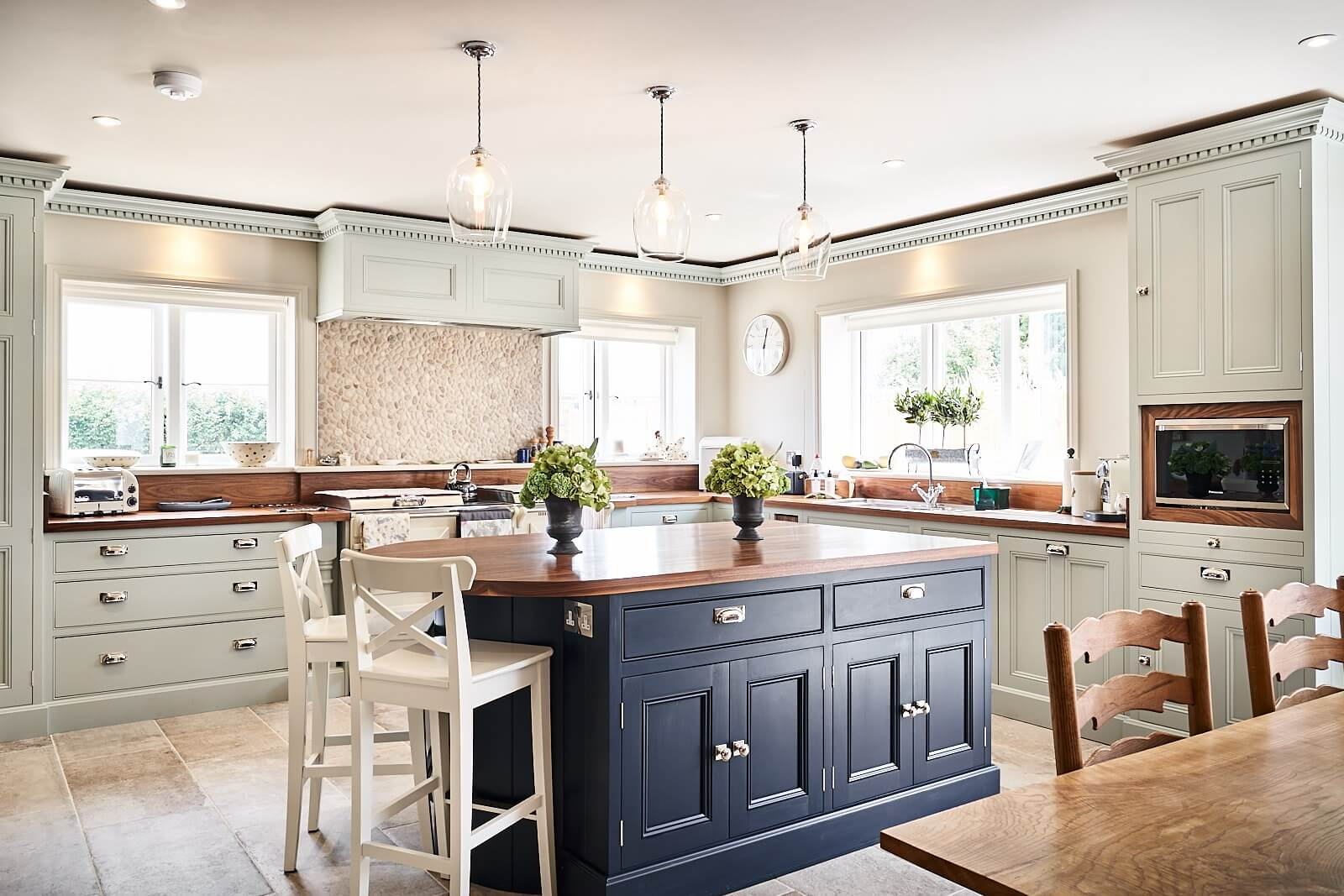 Norfolk Kitchen 4 - Hill Farm Furniture