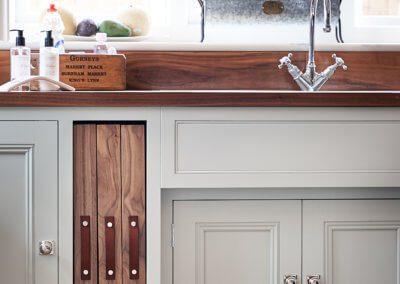 handmade-kitchen-detail-hill-farm-furniture