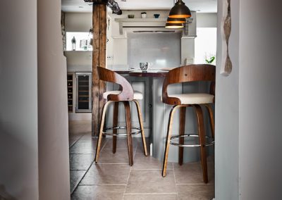 small-kitchen-design-with-natural-woods-hill-farm-furniture-limited